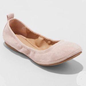 Blush Microsuede Round Toe Ballet Flats Sz 8.5 NWT